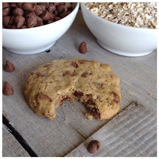 Gluten Free Oatmeal Chocolate Chip Cookies.