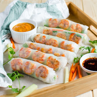 Vietnamese Healthy Spring Rolls With Peanut Butter Sauce.