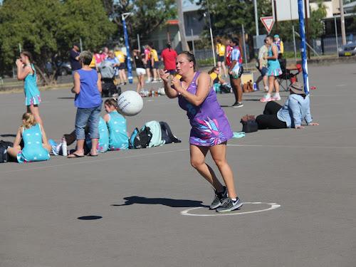 Fever's Dannielle Pokarier-Baker throws a pass.