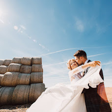 Wedding photographer Dmitriy Dobrolyubov (Dobrolubov). Photo of 24.08.2015