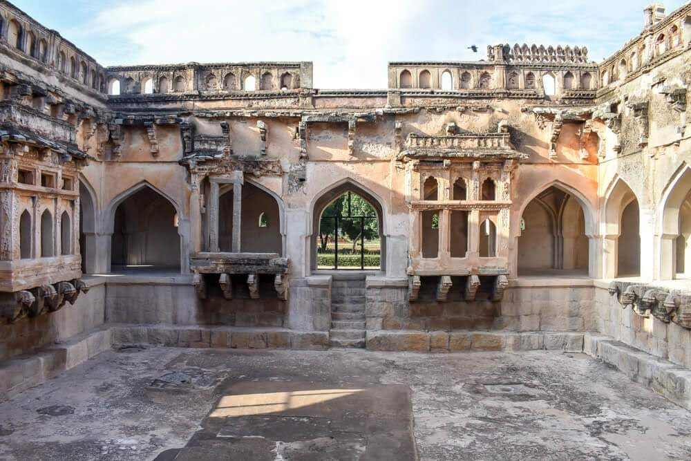 queens+bath+ruins+of+hampi+world+heritage+sight+karnataka