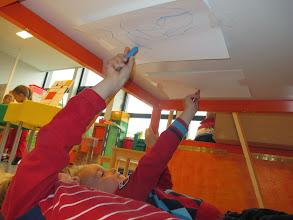 Photo: michelangelo: schilderen vanop je rug