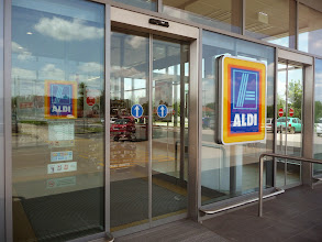 Photo: Aldi supermarket in Gardony.