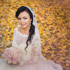 Wedding photographer Lesya Ermolaeva (BOUNTY). Photo of 28.10.2014