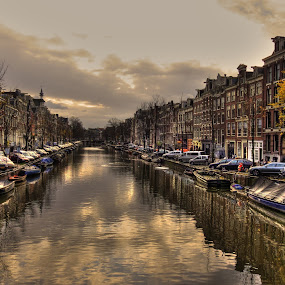 Amsterdam canal by Stefano Landenna - City,  Street & Park  Vistas ( hdr, amsterdam, canal )