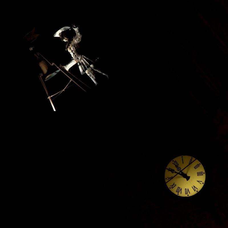 A mezzanotte finisce la fiaba... di  cristina masoni