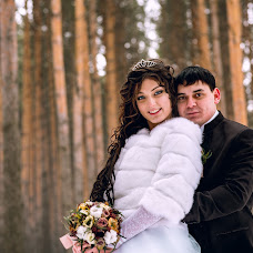 Wedding photographer Yura Vasilev (voyageur8913). Photo of 05.04.2016