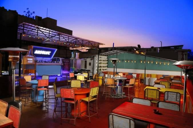 romantic_restaurants_hauz_khas_sumer_house_cafe_image