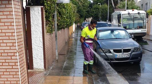 El operativo de limpieza intensiva llega al barrio de Los Ángeles
