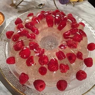 Raspberry Prosecco Tulip Recipe