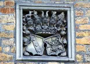 Photo: Wappen derer von und zu