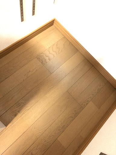 クローゼットの床面の拭き掃除