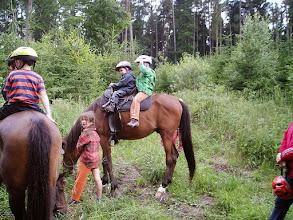 Photo: Děcka na koních