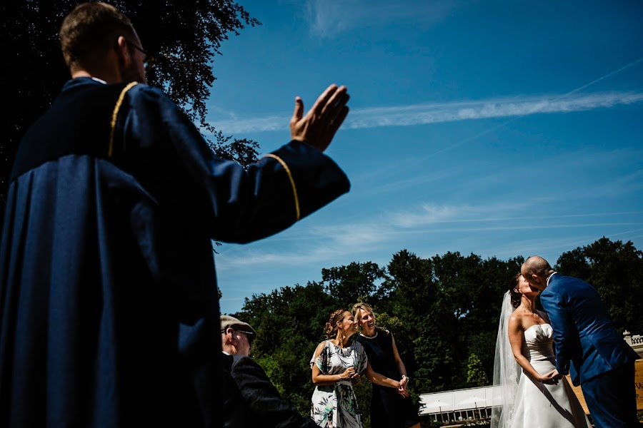 Wedding photographer Leonard Walpot (leonardwalpot). Photo of 20.09.2018