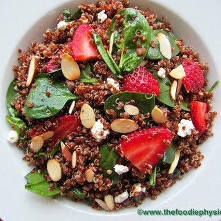 Quinoa Salad with Spinach, Strawberries and Goat Cheese.