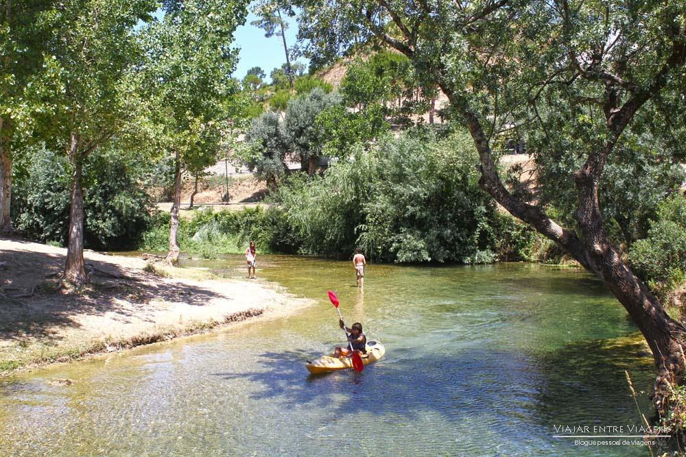 Olhos d'Água do Alviela, um fenómeno extraordinário no PNSAC | Portugal