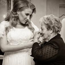 Wedding photographer Nikos Biliouris (biliouris). Photo of 02.10.2015