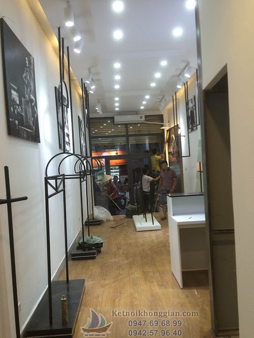 thi công shop thời trang tại Hà Nội, thiết kế cửa hàng thời trang