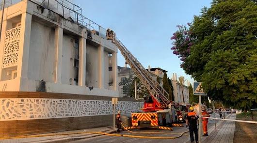 Un fallecido y al menos diez heridos en el incendio de un hotel en Marbella