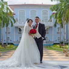 Wedding photographer Omaar Izquierdo (omaarizquierdop). Photo of 19.08.2016