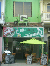 Photo: green vespa on the roof :-)