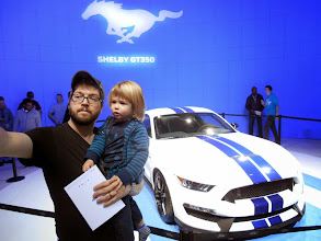 Photo: A selfie by the Ford Mustang Shelby GT-350.