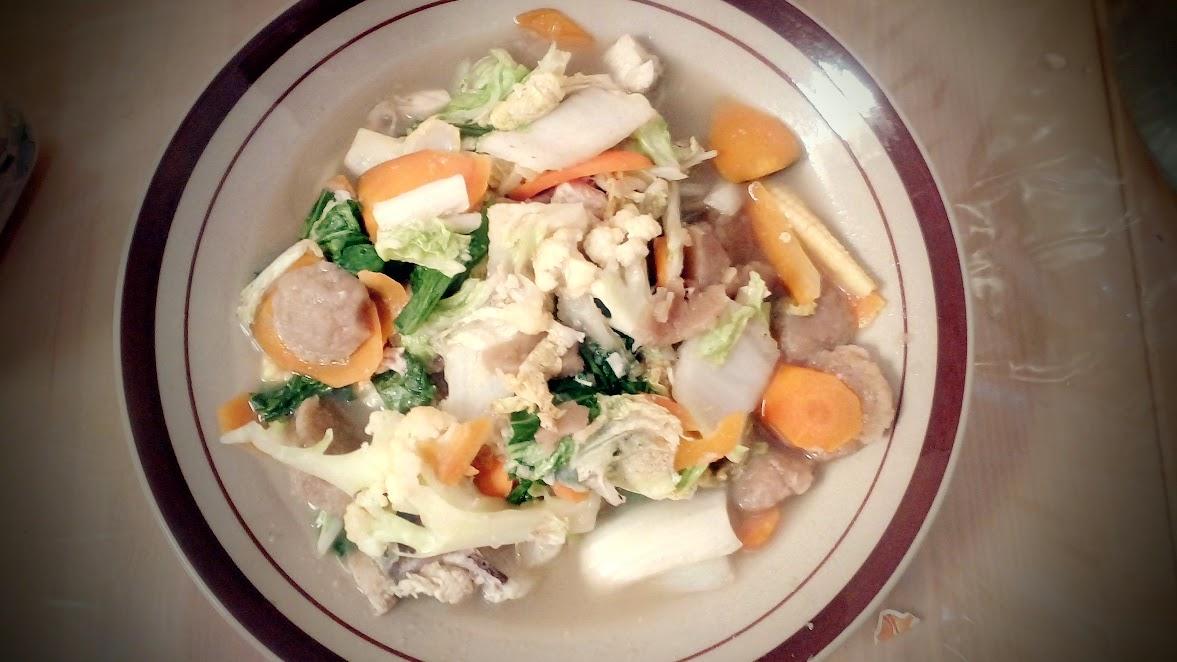 Capcay Kuah Isi Ayam Bakso
