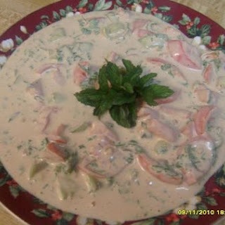 Simlpe Salad With Tahini Dressing