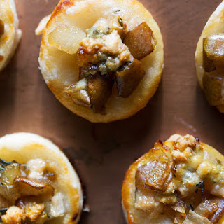 Blue Cheese and Pear Puff Pastry Bites