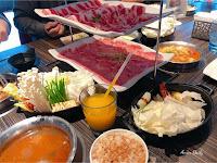 肉多多火鍋 左營明誠店