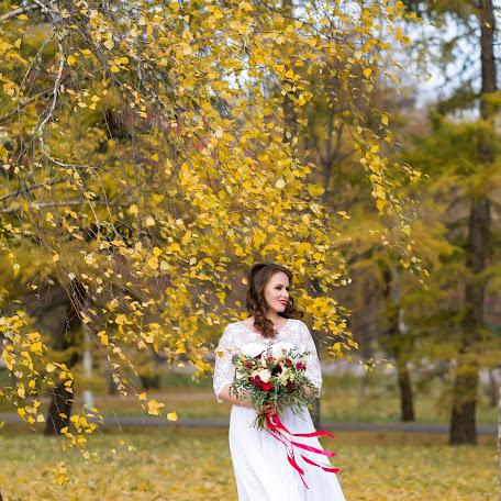 Wedding photographer Lyudmila Tolina (milatolina). Photo of 01.12.2017