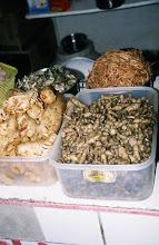 Photo: 03104 ウランバートル/風景/ダライ・エージ(海の母)/食料品専門の市場/チョロギ漬け物
