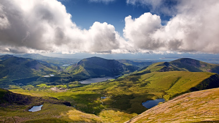 Inspiring awe: The mountains and lakes of Snowdonia, looking from the Llanberis Pass. Picture: 123RF/JANE RIX