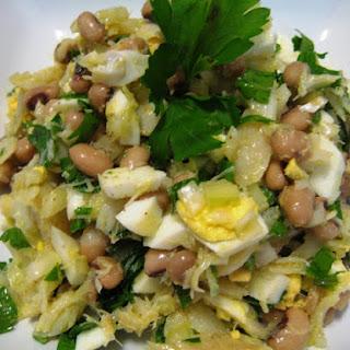 Salada de Bacalhau com Feijão Frade – Salt Cod and Black Eyed Pea Salad.