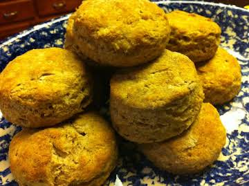 """""""High Rise"""" Wheat Biscuits"""