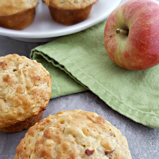 Healthy Apple Oatmeal Muffins.