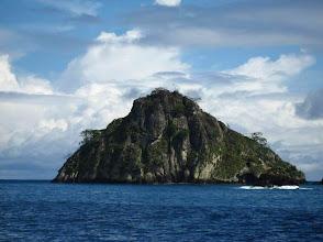 Photo: L'île Big Dos Amigos, spot de plongée à Isla del Coco