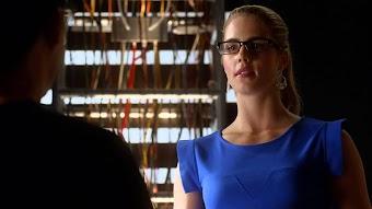 Season 1, Episode 8 Flash vs. Arrow