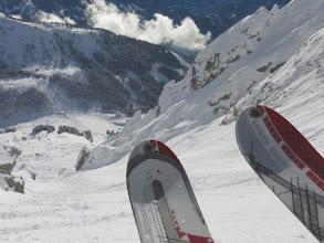 Photo: Ein Traumtag - Skitouren können direkt von der Sporta-Hütte aus gestartet werden.