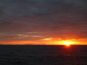 Photo: きれいな朝日! 水面コンディションもバッチリ!