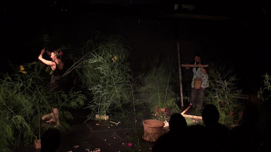 Photo: FIM Basel - Im Garten Wunderland (29.09.09): Heidi Köpfer, Tanz. Nicoletta Stalder, Stimme und Sound
