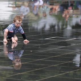Reflections by Eva Lechner - Babies & Children Children Candids ( reflections, candid, fun, boy, kid )