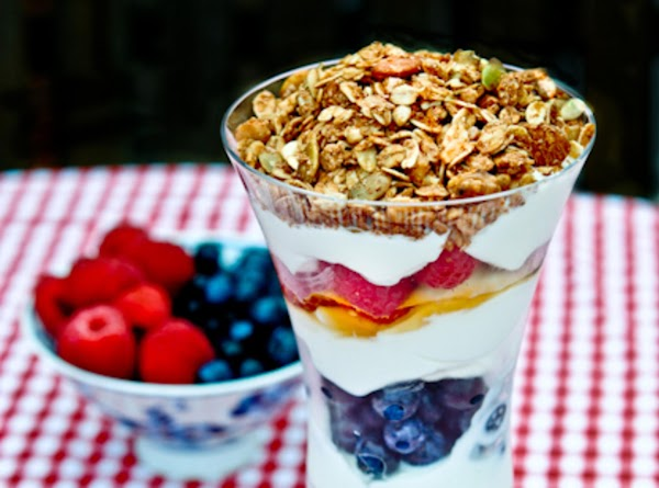 Yogurt & Fruit Parfaits Recipe