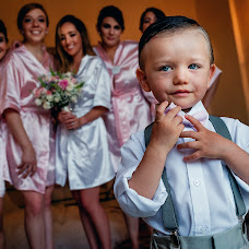 Wedding photographer Gabo Ochoa (gaboymafe). Photo of 01.08.2017