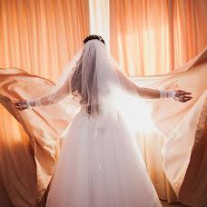 Wedding photographer Ekaterina Urumbaeva (junyanv). Photo of 14.08.2013