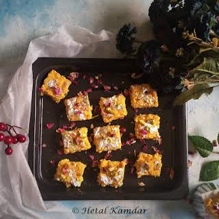 Mango kalakand / Mango cottage cheese fudge.
