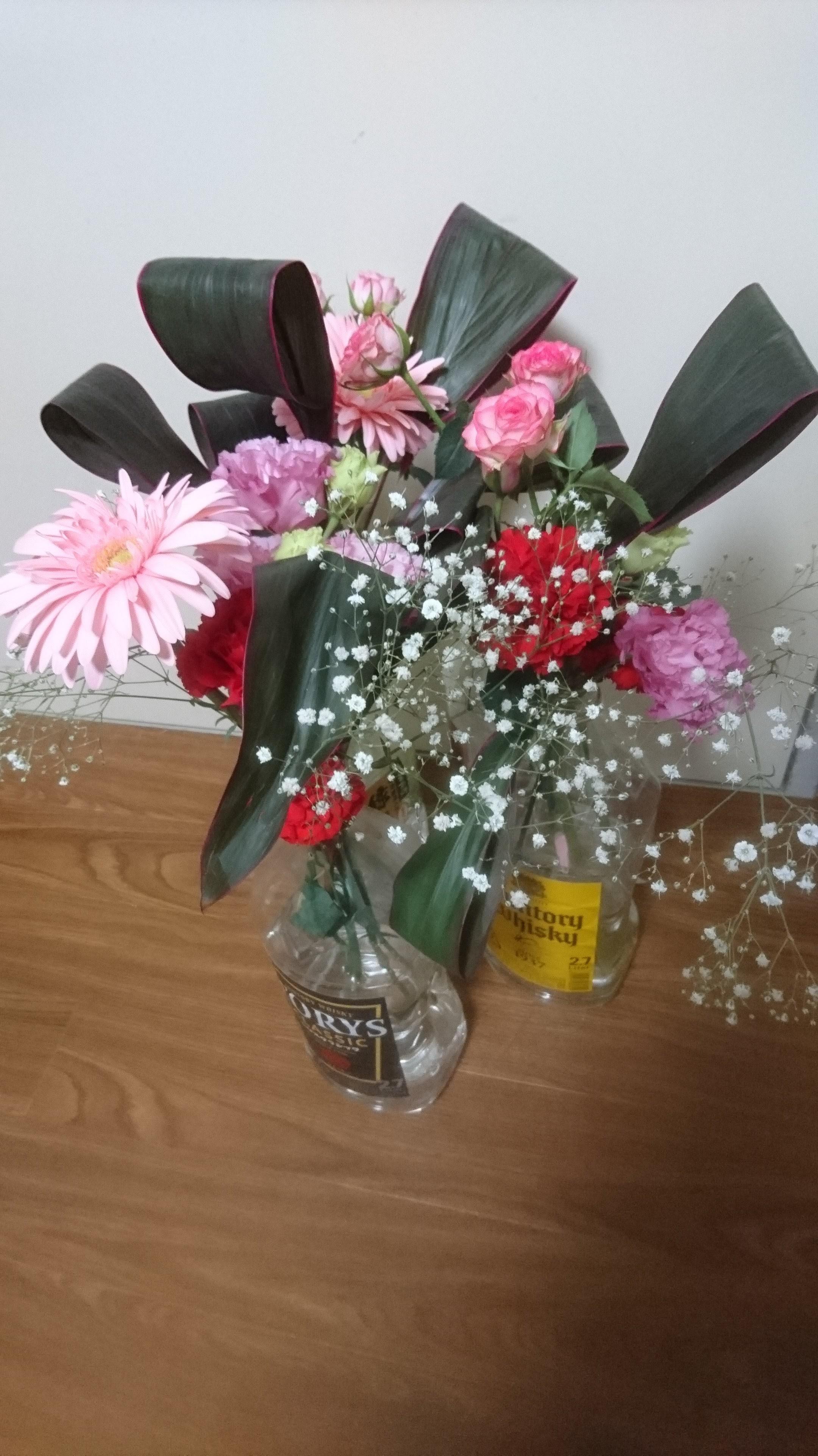 突然の贈り物、甘く香る花束 (よーこ せんせえ、お誕生日おめでとうございます)。(2018/04/27)