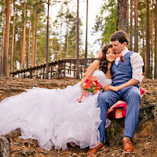 Wedding photographer Kseniya Snezhnaya (Snezhnaya). Photo of 25.11.2013