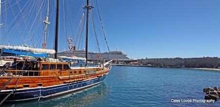 Photo: Rhodos Haven   Rhodes Harbor.  www.loki-travels.eu