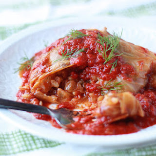 Slow Cooker Mushroom-Lentil Stuffed Cabbage Rolls